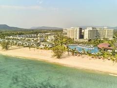 Mövenpick Resort Waverly Phú Quốc nominated for three prestigious luxury hotel awards