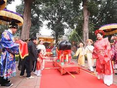 Royal rite held at Imperial Citadel of Thăng Long to welcome Tết