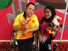 Powerlifter Phượng eagerly waiting for Para Games to shine