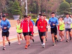 Tien Phong Marathon offers int'l chances for pro, amateur runners