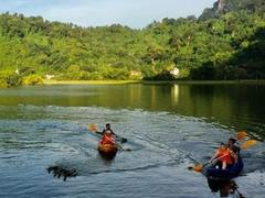 Kayaking in Việt Nam's most beautiful places