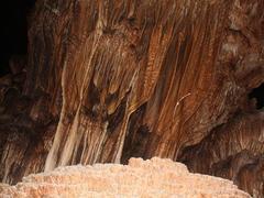 Discovering Pê Răng Ky cave on Tủa Chùa plateau