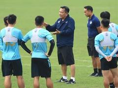 Coach Phúc has a challenge with Hà Nội FC