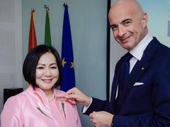VIFW chairwoman awarded the Order of the Star of Italy
