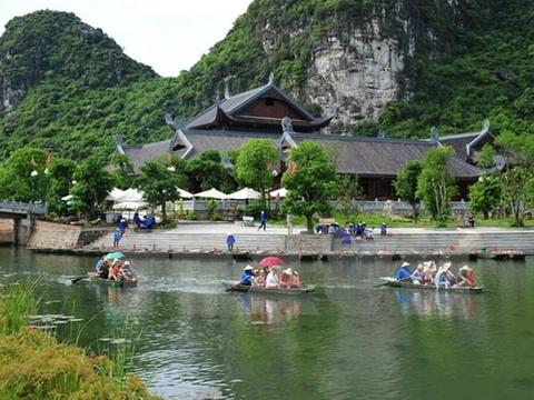 UNESCO discusses new approach to study VN's heritage