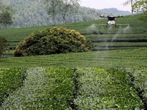 Engineer develops drones for farmers
