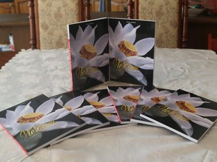 Czech journalist releases book on Việt Nam