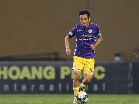 Striker Quyết dreams of Golden Ball award