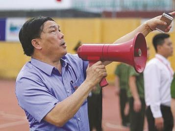 Thanh Hóa FCpresident slams critics as 'ignorant'