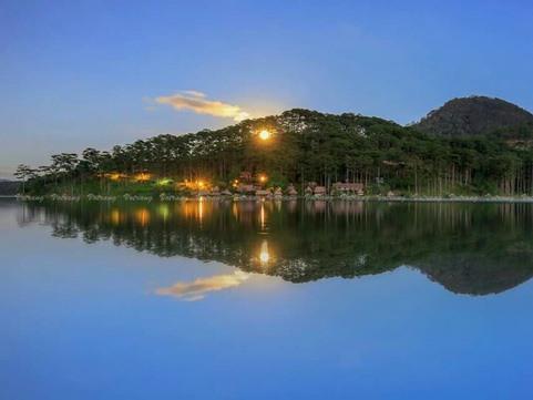 Tuyền Lâm Lake designated national tourism zone