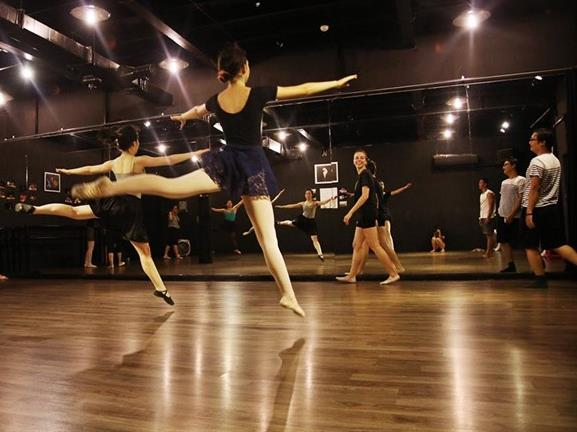 Adult ballet classes break a few surmises