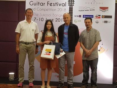 Vietnamese student tops regional guitar competition
