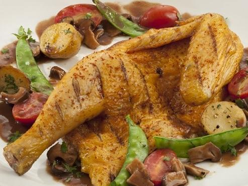 Chicken with Port Wine Sauce and Peppers