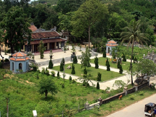 Reconstruction of ancient pagoda under question